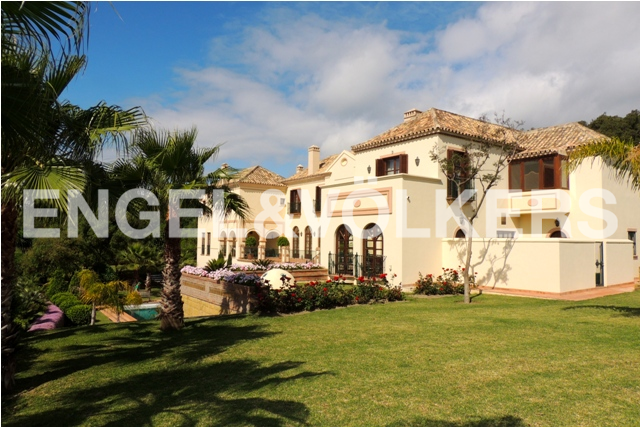 House in Sotogrande Alto - Villa from Garden