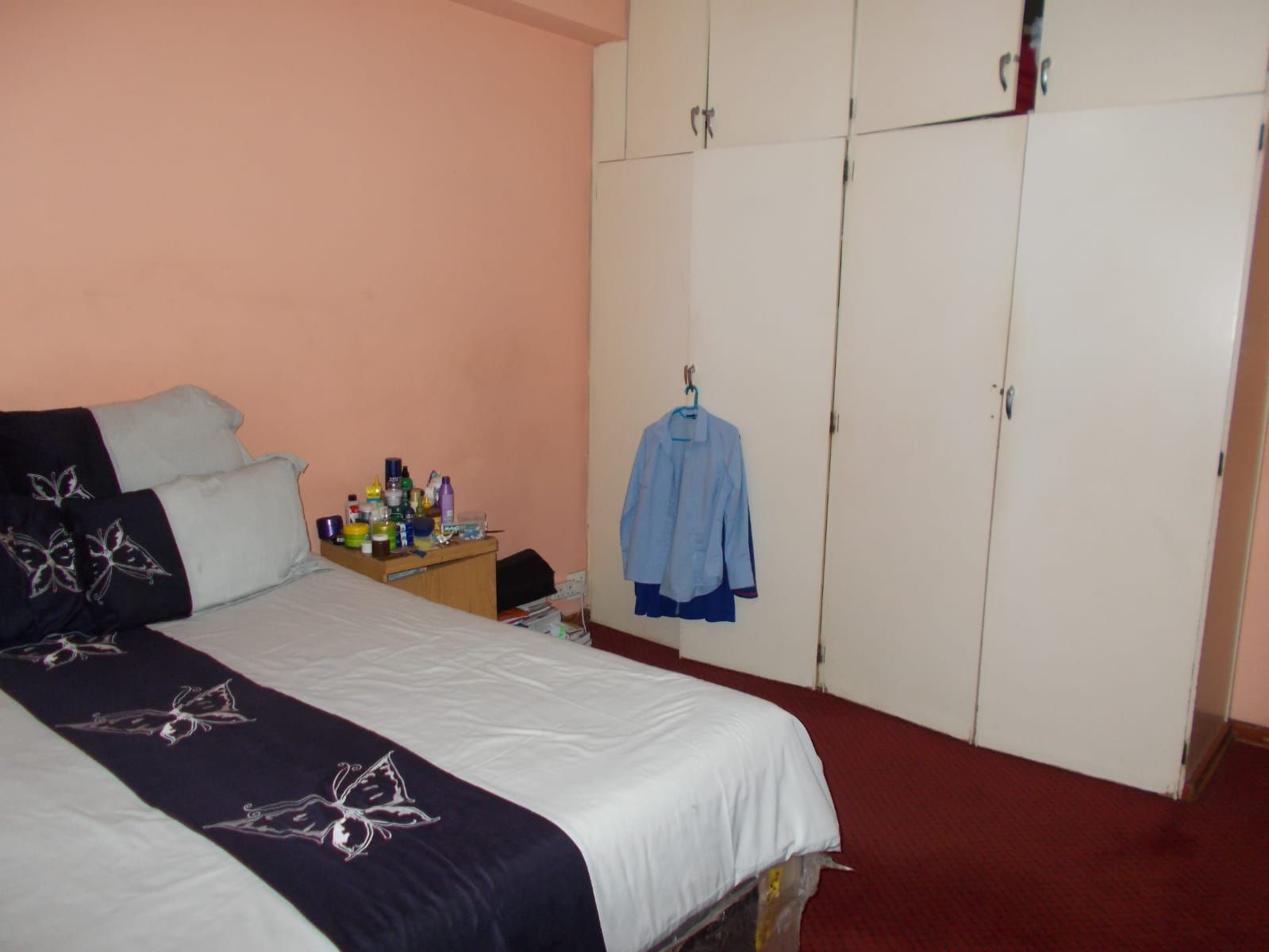 Apartment in Hillbrow - WhatsApp Image 2021-01-12 at 13.04.40 (1).jpeg