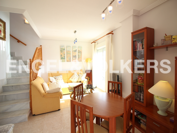 Condominium in Villajoyosa - Penthouse duplex with sea views in front of the beach. Living room