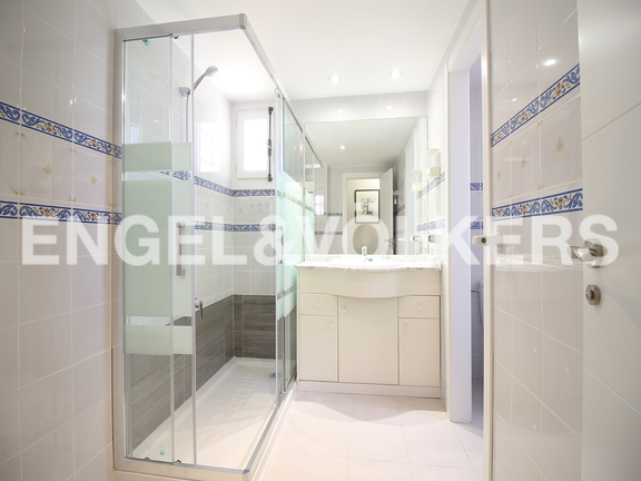 House in Finestrat - Excellent house with plot and views. Bathroom