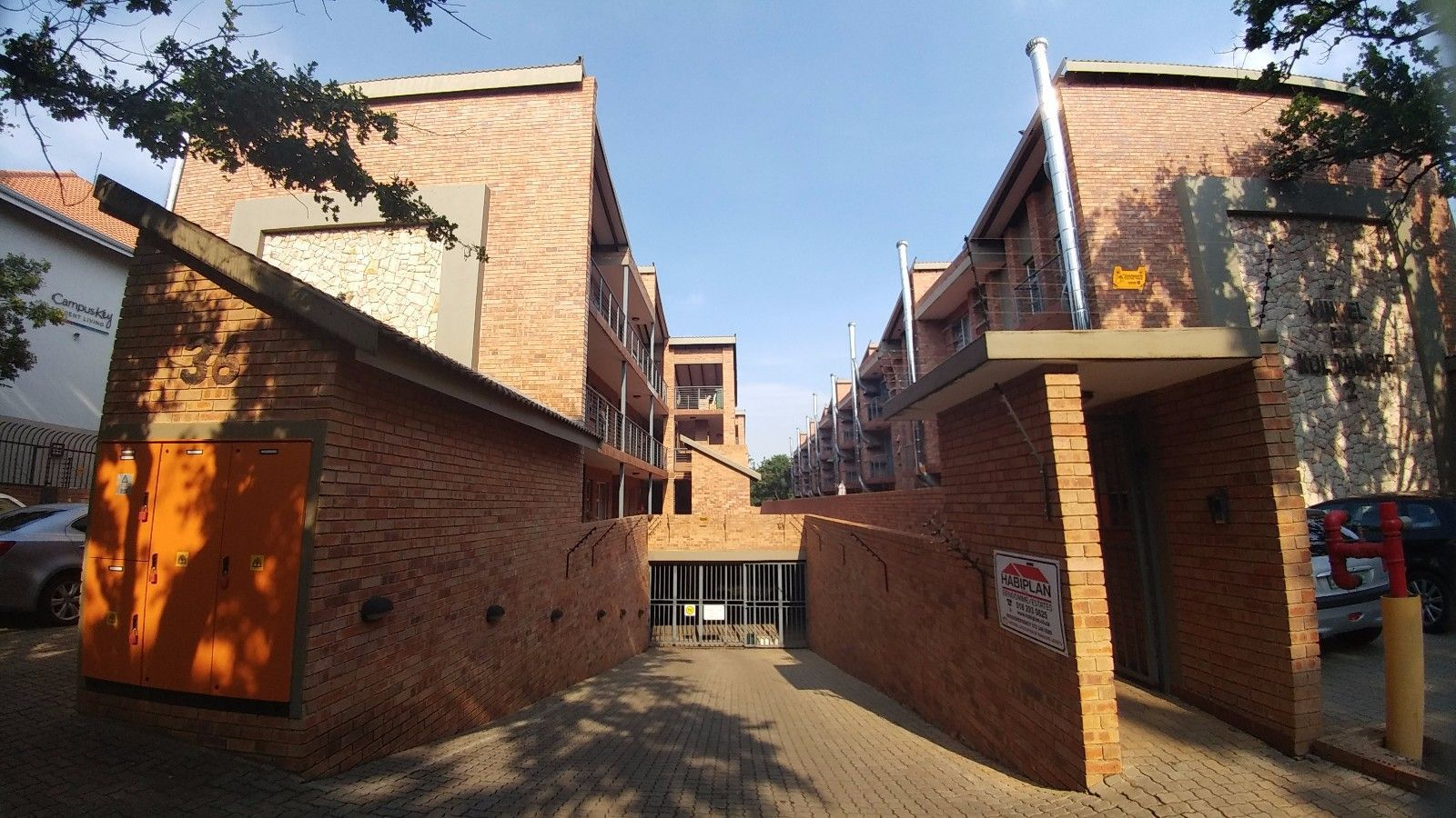 Apartment in Bult - Streetview