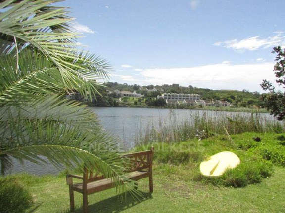 Apartment in Port Edward - 002_River_frontage.JPG