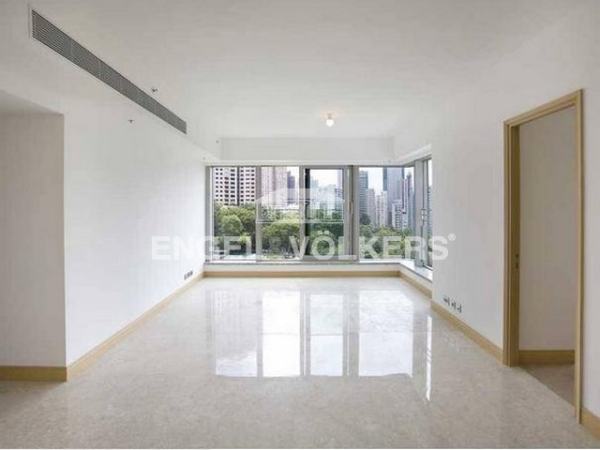 Apartment in Mid Level Central - Kennedy Park At Central 君珀