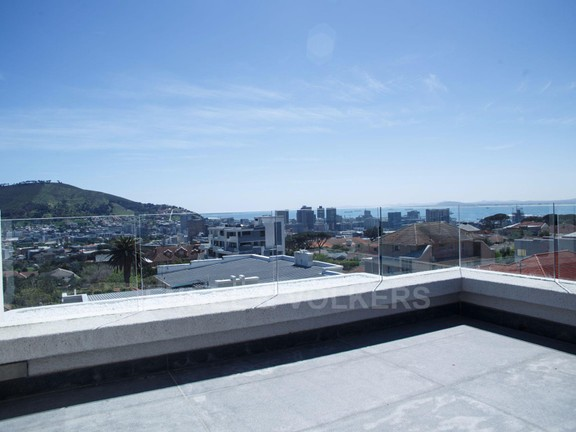 Condominium in Vredehoek - Outside Balcony 2 .jpg