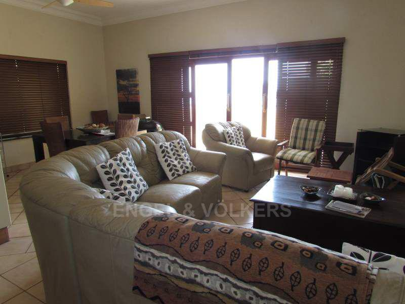 Apartment in Ramsgate - 004_Lounge_bMWAY5E.JPG