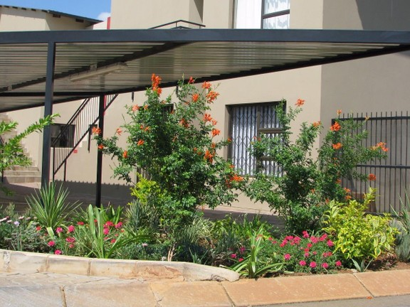 Apartment in Melodie - Carports