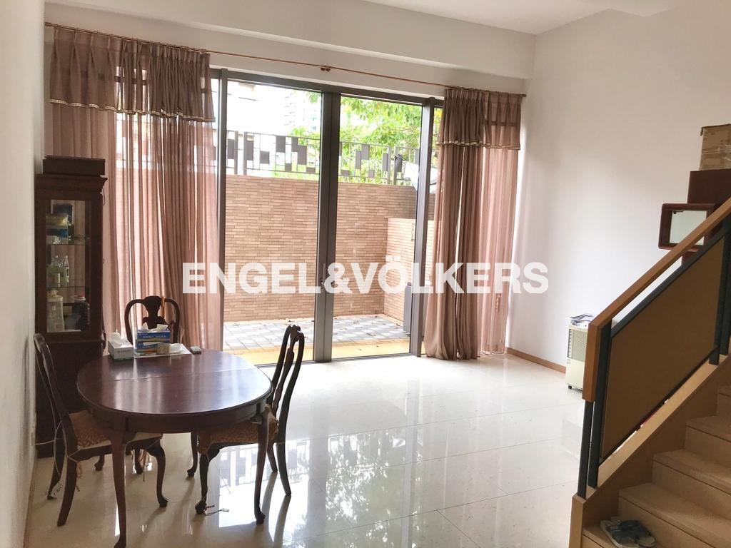 House in Yuen Long - The Woodsville 溱林