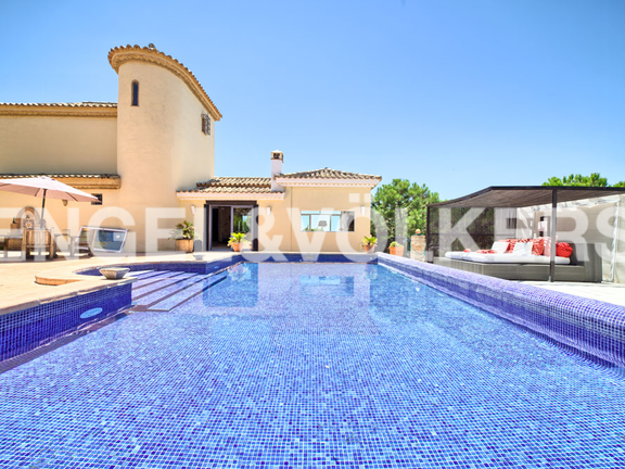 House in Estepona City - Villa Altos de los Reales, Estepona