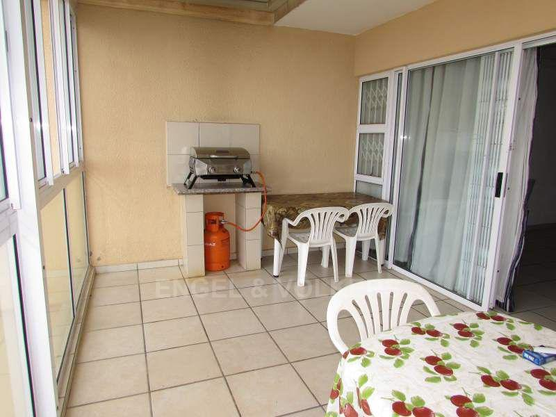 Apartment in Margate - 012_Enclosed_balcony.JPG