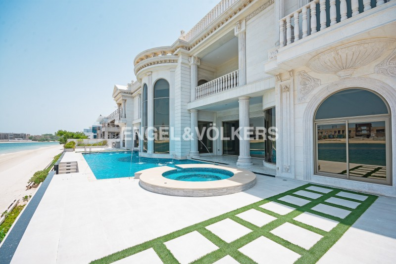 House in Signature Villas Frond J