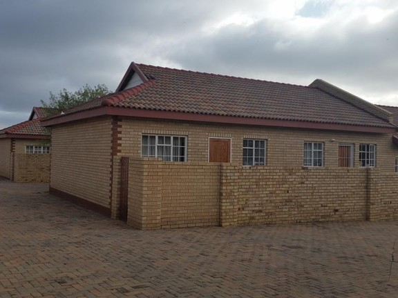 Investment / Residential investment in Parys - 20160614_094152.jpg