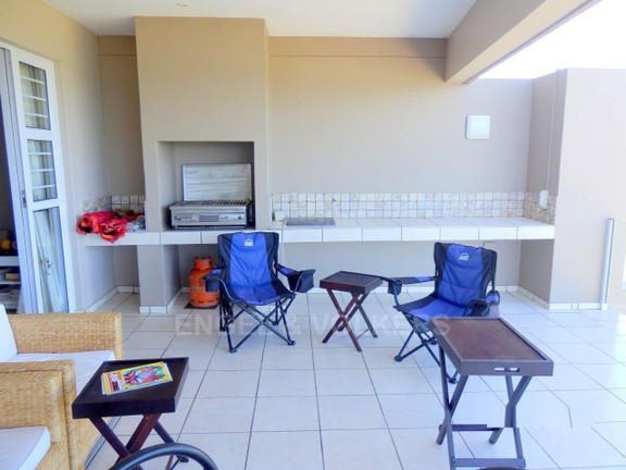 Condominium in Uvongo - 019_Built_in_gas_braai.JPG