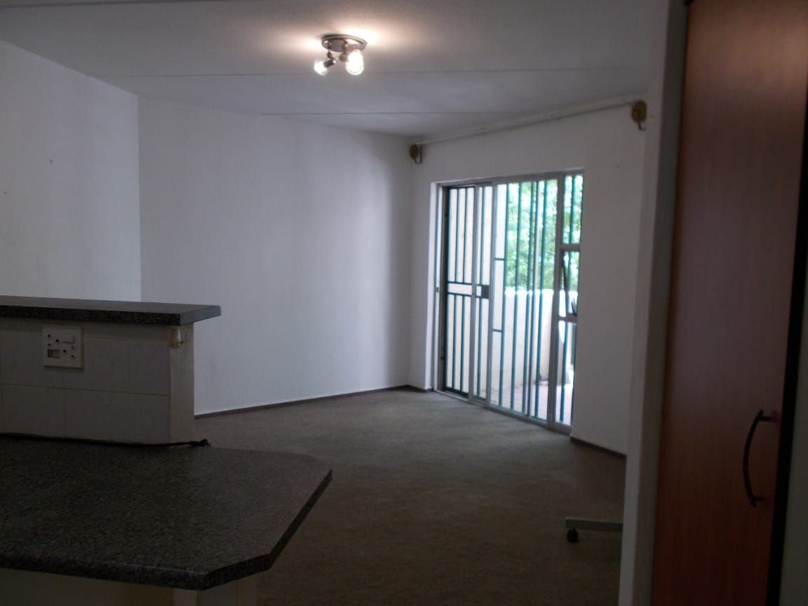 Apartment in Bryanston East Ext 3 - WhatsApp Image 2020-10-19 at 12.18.13 PM.jpeg