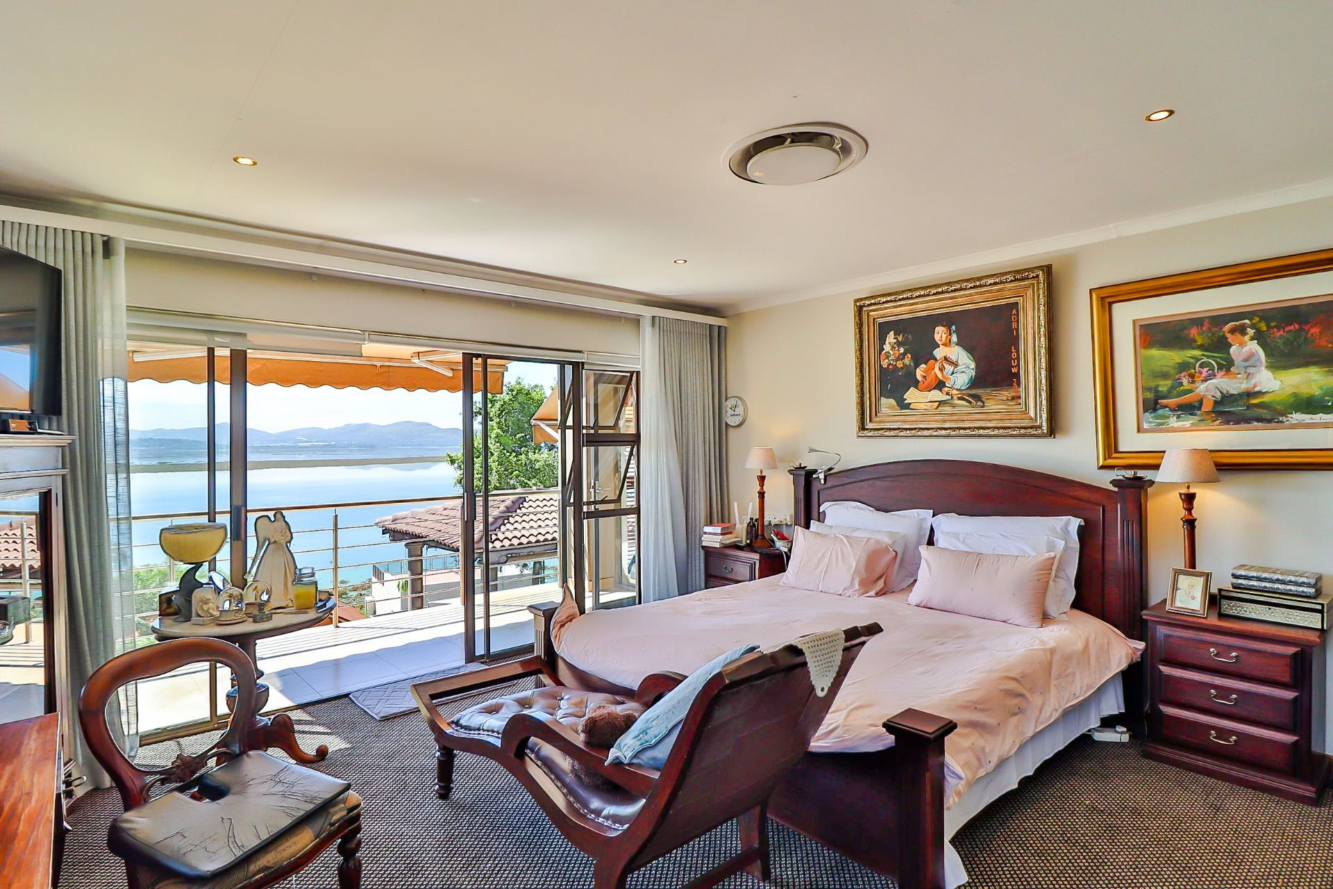 House in Kosmos Village - Views from the bedrooms are absolutely gorgeous!