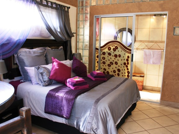 House in Phalaborwa & surrounds - Bedroom 1
