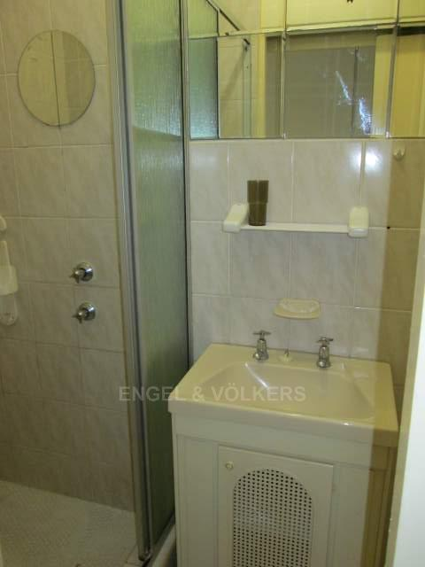 Apartment in Uvongo - 007_Bathroom_1_TmduKIl.JPG