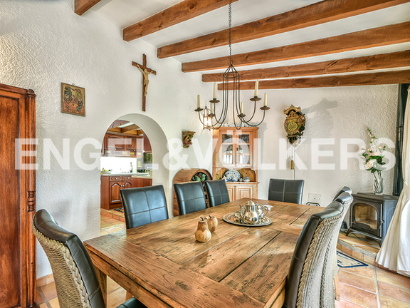 House in Surroundings - Dining area
