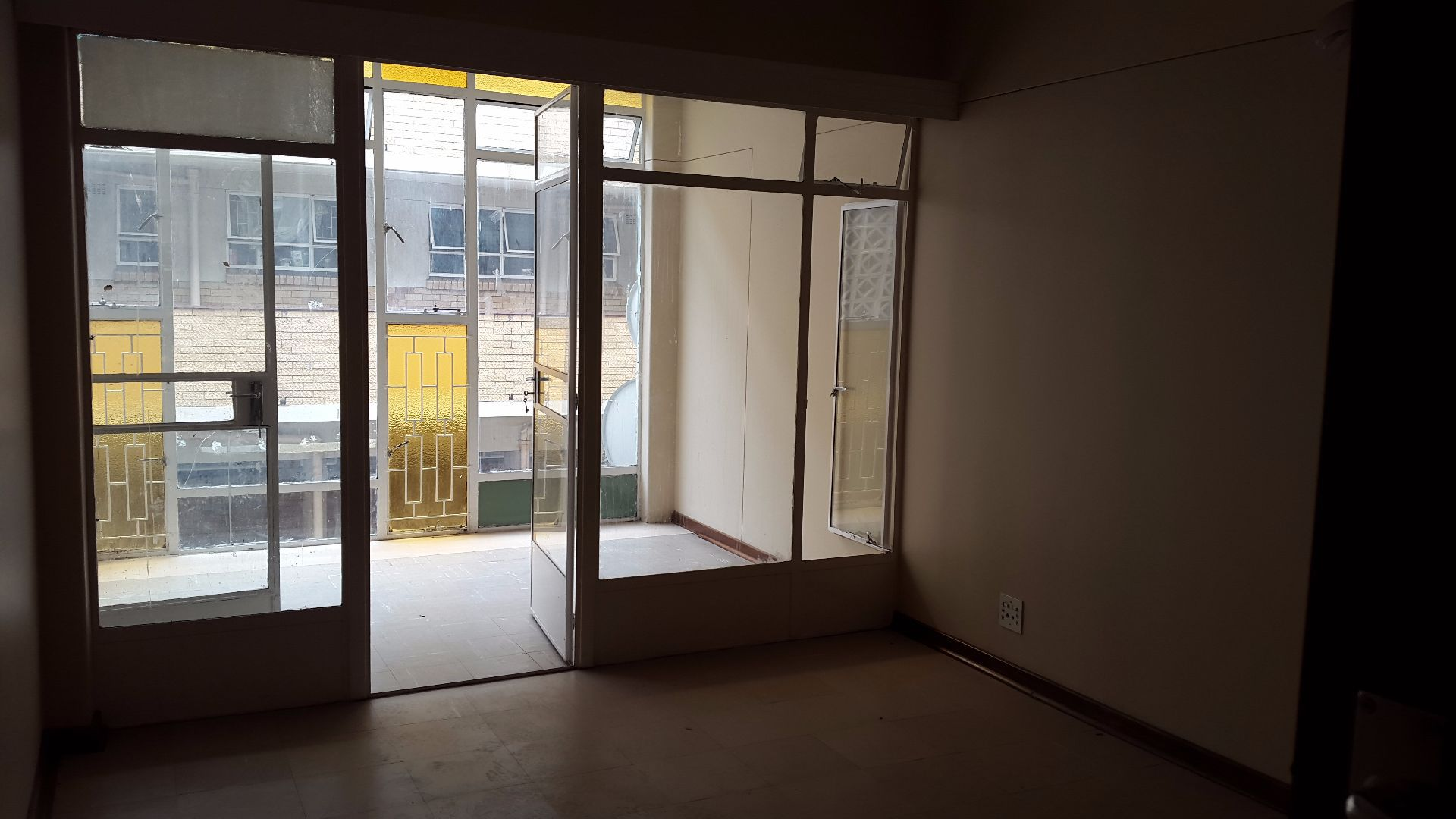 Apartment in Central - 20170324_095335.jpg