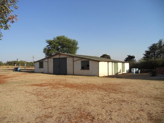 Land in Oudedorp - Store And Workshop Facilities