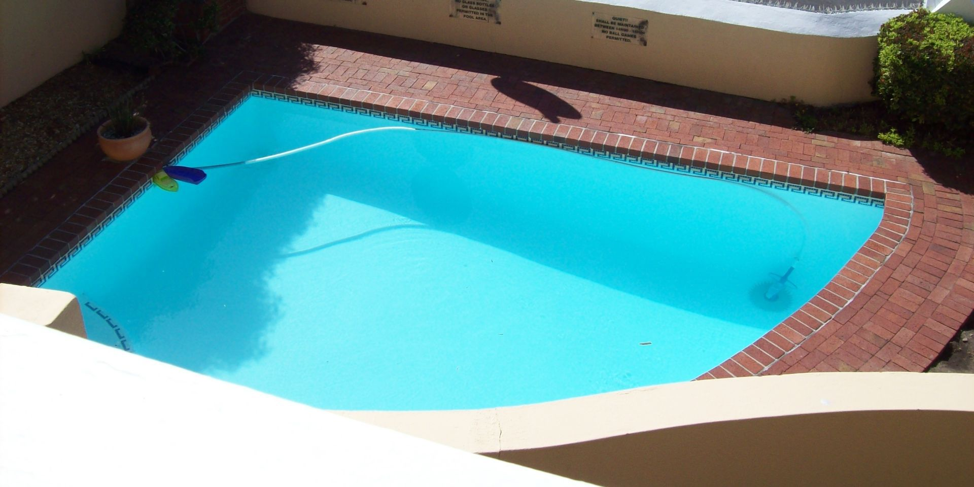 Apartment in St James - pool.jpg