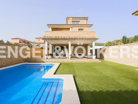 House in Valencia surroundings - Swimming pool and garden