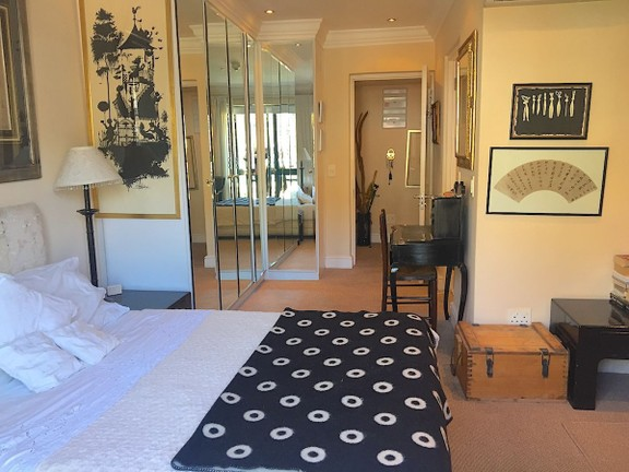 Condominium in Sea Point - Bedroom