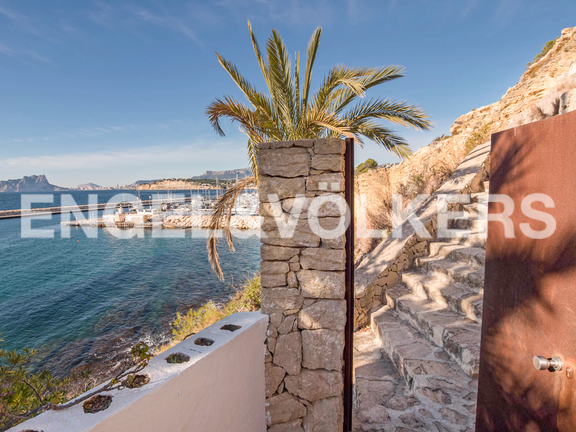 Condominium in Moraira - Spectacular First Line Penthouse at the Moraira Port, Sea Access