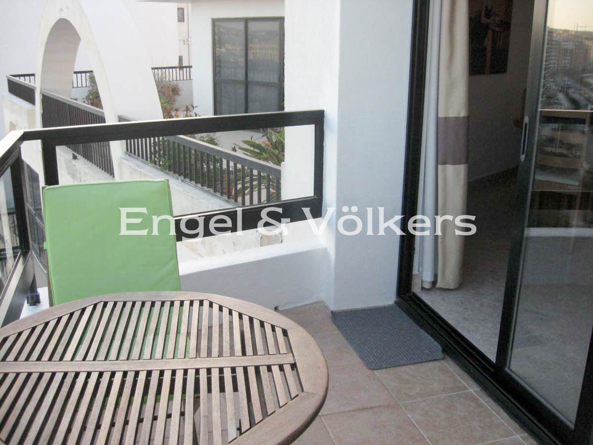Apartment in Sliema - Apartment, Sliema, Balcony with a sea view