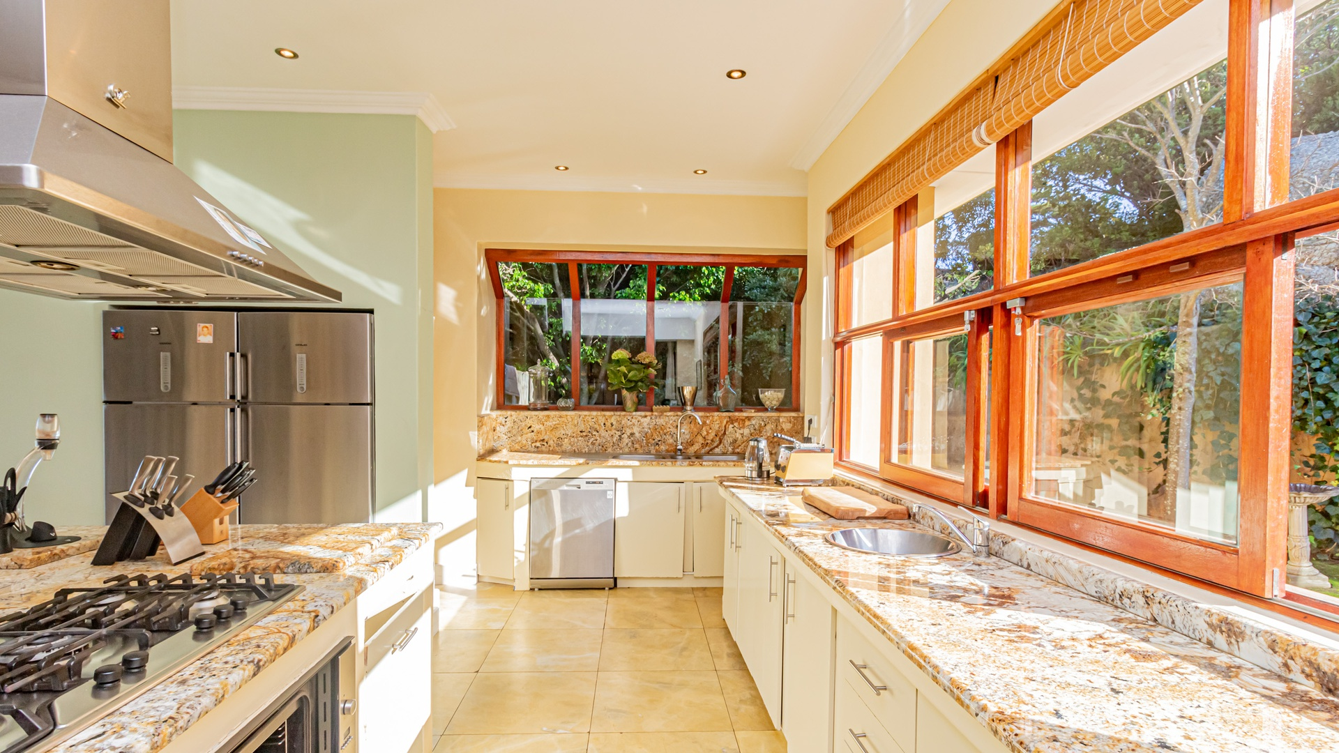House in Hout Bay - Kitchen