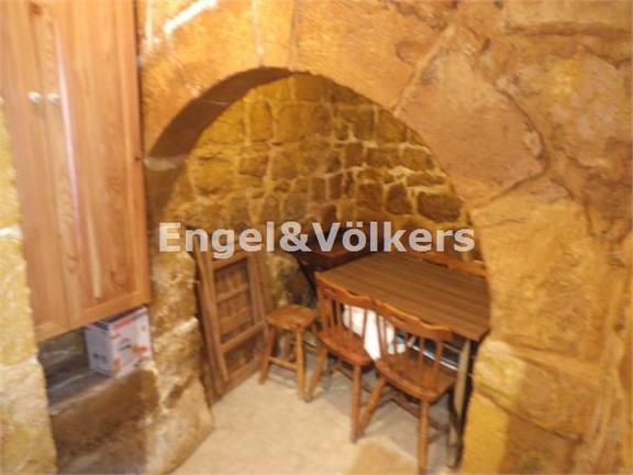 House of Character, Gharghur, Kitchen