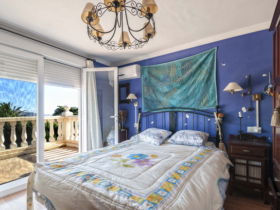 House in La Nucia - In suite bedroom with large terrace