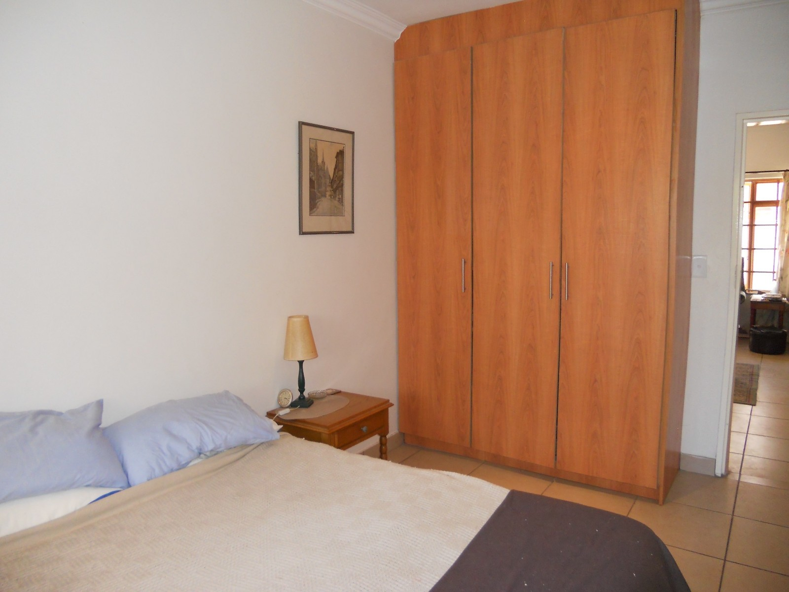 House in Bult - Bed And Cubboard