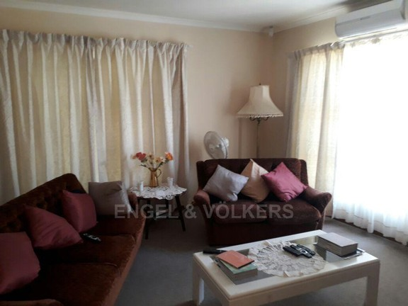 House in Sonstraal Heights - Living Area/TV lounge