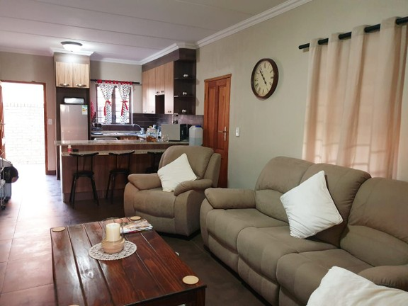 Apartment in Bailliepark - WhatsApp Image 2019-06-24 at 10.34.33 (1).jpeg