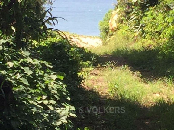 House in Umtentweni - 029_Pathway_to_the_beach.jpg