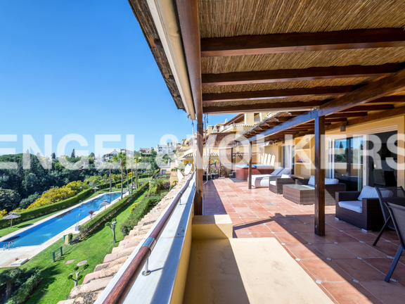 Penthouse for sale in Condado de Sierra Blanca Marbella