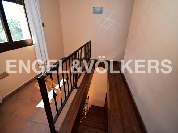 House in Finestrat - Charming villa, in natural environment in Finestrat. Stairs