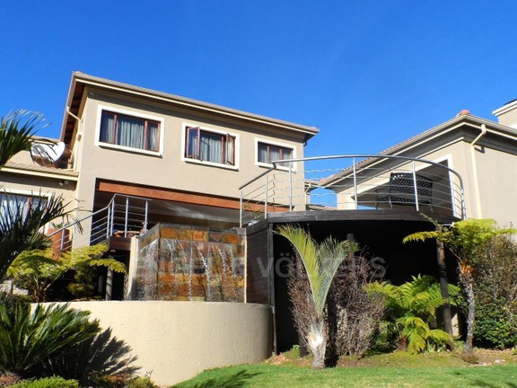 House in Waterkloof Boulevard