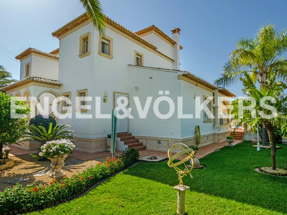 House in Calpe - Luxury Villa with Sea Views in Calpe, Villa