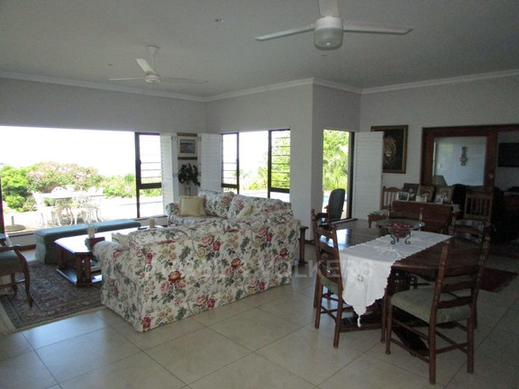 House in Southbroom - 006 Lounge.JPG