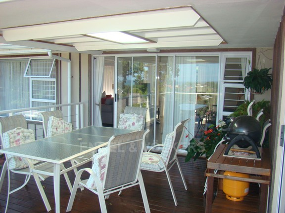 House in St Michaels on Sea - 25 Patio.JPG