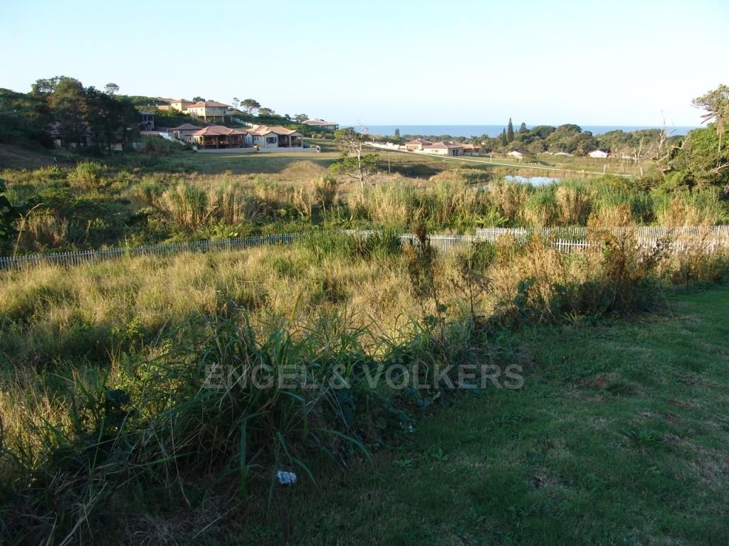Land in Shelly Beach - Distant sea view