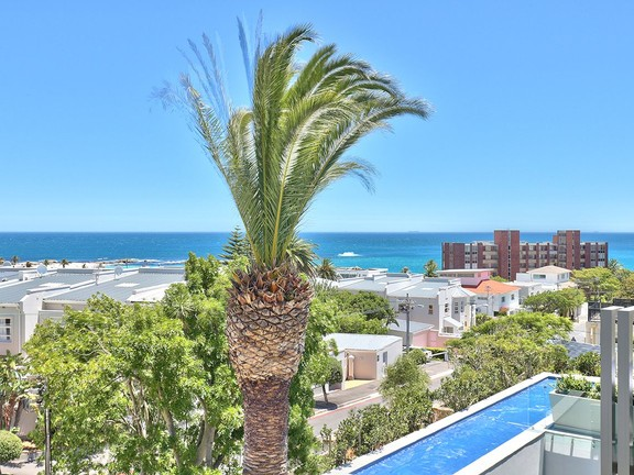 House in Camps Bay - Ocean View