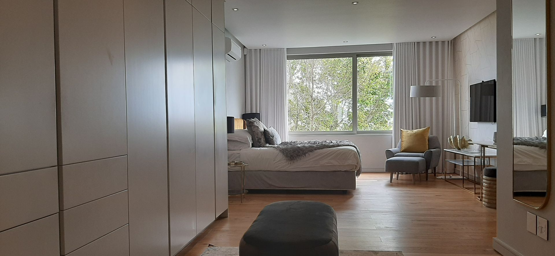 Apartment in Bantry Bay - Main bedroom (2).jpg