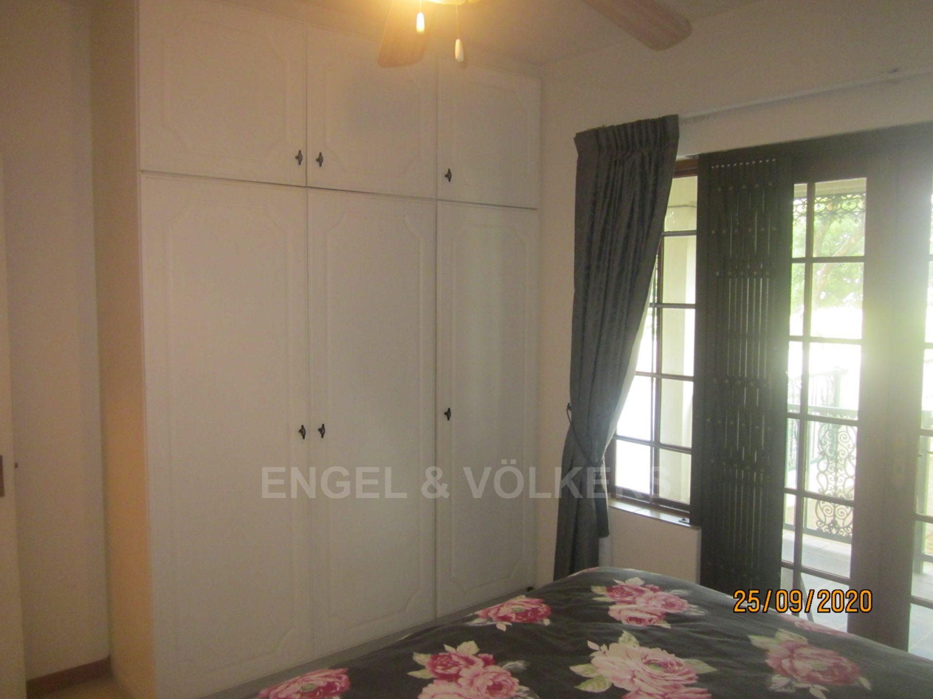 Apartment in Shelly Beach - Second Bedroom