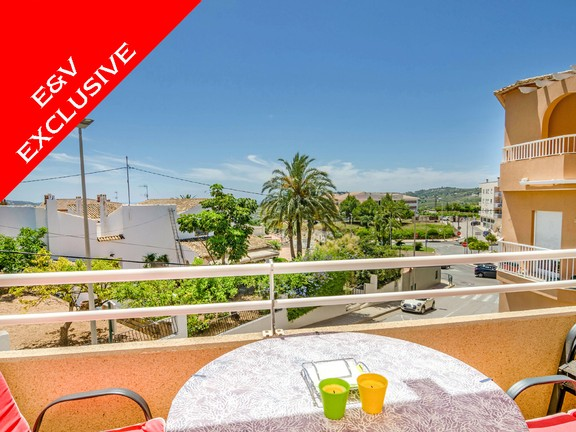 Beautiful 3 Bedroom Apartment in Teulada, Terrace