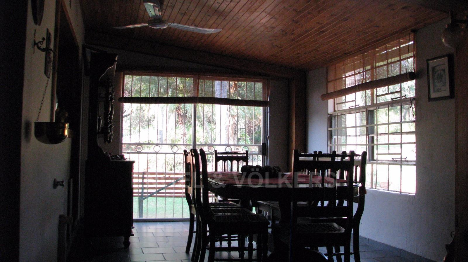 Land in Farms - Dining area