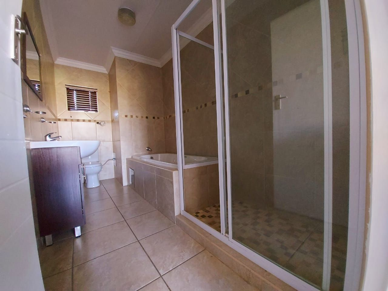 Apartment in Bult - WhatsApp Image 2020-08-17 at 13.25.38 (3).jpeg