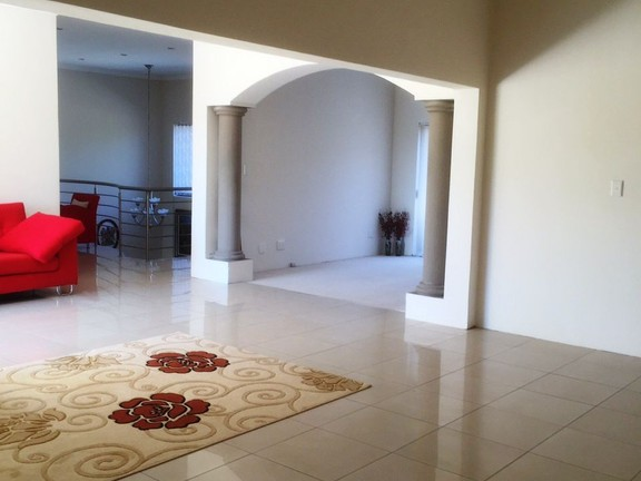 House in Silver Lakes Golf Estate - Upstairs TV lounge area