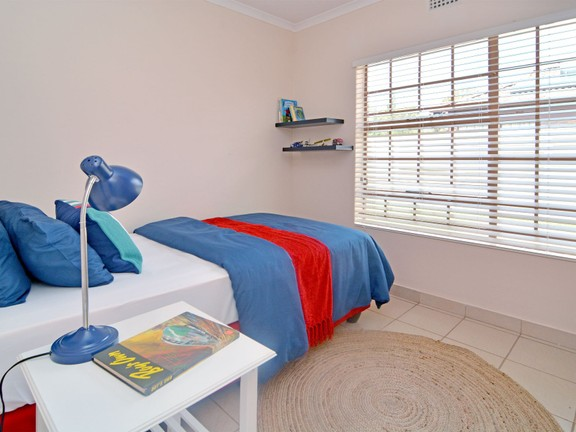 House in Clayville - bed 3 (2).jpg